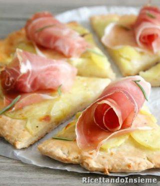 pizza-senza-glutine-alle-patate-e-speck
