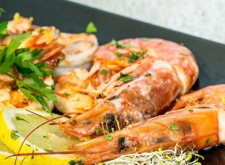 Gamberoni in forno con salsa di limone