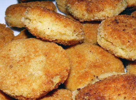 Polpette di patate, ceci e farina di mais
